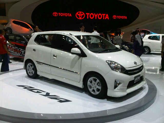Harga Toyota Agya Bulan Maret 2015