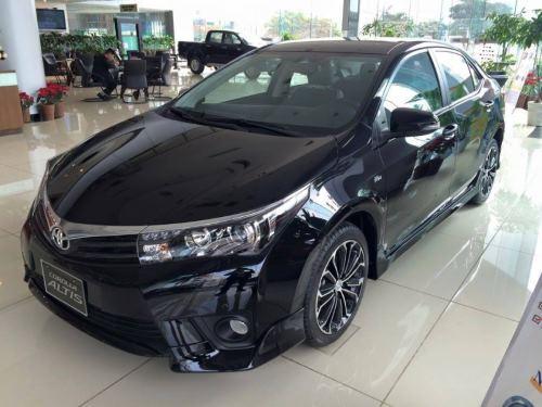 Paket Kredit Toyota Corolla Altis, Promo Akhir Tahun 2015
