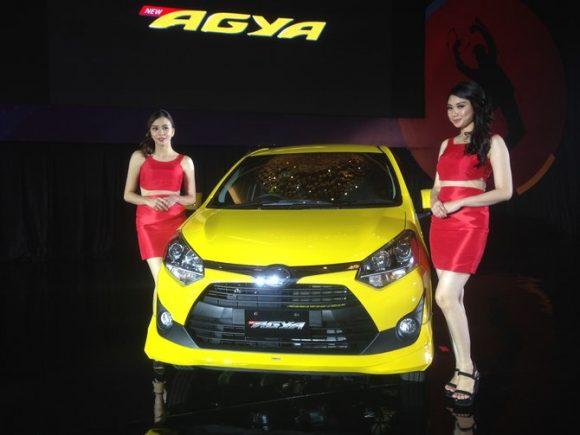Paket Kredit Toyota Agya Januari 2018 [DP Termurah]
