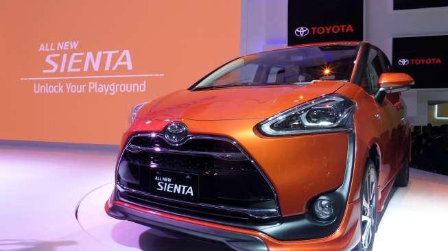 Harga Toyota Sienta Terbaru Oktober 2018