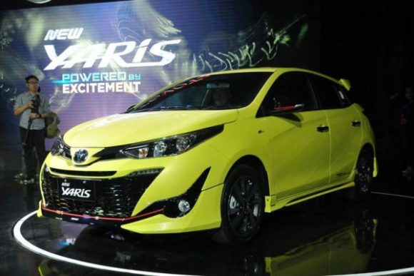 Paket Kredit Toyota Yaris Oktober 2018 [DP Termurah]